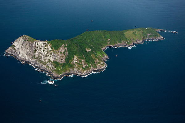 brazil snake island